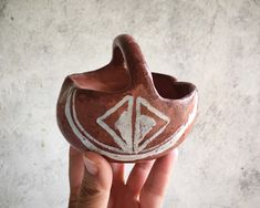 Small Souvenir New Mexico Pottery Basket Small Old, Native American Indian Pueblo Arts and Crafts Native American Pottery, Native American Indians, 90 Day Plan, North Africa, New Mexico, Nativity, Etsy Seller, Arts And Crafts, Basket