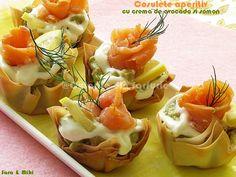 Cosulete aperitiv cu crema de avocado si somon