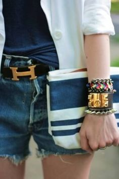 Golds and Bolds; Fresh Summer Look.How to Take Navy + White Beyond Nautical