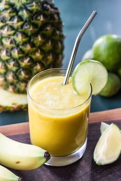 Anti-Inflammatory Tropical Turmeric Smoothie | wickedspatula.com