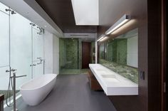 Stunning Glass House with Modern Design » Elegant Summit House Design