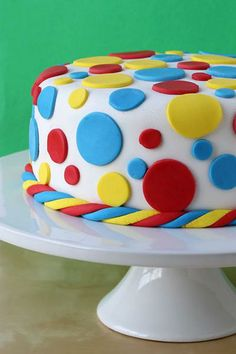 Rainbow Fondant Cake {Click through for step-by-step instructions!} #bettycrocker