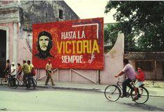 Cuba   Che Gevara... Cuba Art, Che Guevara, Visit Cuba, Cuba Travel, Communism, Victoria, The Good Place, Old Things, History