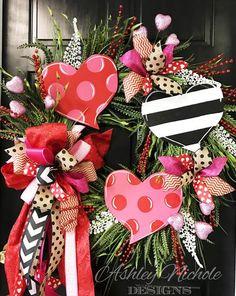 Triple Heart Grass Wreath