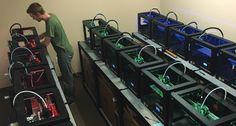 Seus Corp is Mass Manufacturing Minecraft Characters via MakerBot 3D Printers http://3dprint.com/37098/seus-corp-minecraft-figures/