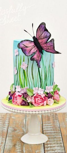 Birthday flowers cake decorating supplies ideas for 2019 - Birthday Bash - Torten Gorgeous Cakes, Pretty Cakes, Amazing Cakes, Fondant Cakes, Cupcake Cakes, Butterfly Cakes, Butterfly Flowers, Butterflies, Hand Painted Cakes