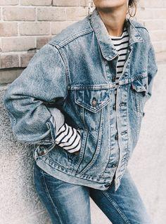 On ne se lasse pas du duo marinière veste en jean oversize (blog Collage a37d12a5541