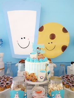 Milk & Cookies Baptism Party (With images) Baby Boy 1st Birthday Party, Baptism Party, First Birthday Cakes, First Birthday Parties, First Birthdays, Birthday Ideas, Milk Cookies, Baby Cookies, Heart Cookies