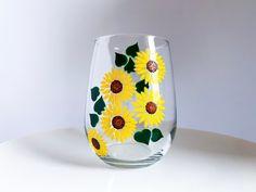 Flower Garden Set of 8 Painted Wine Bottles, Hand Painted Wine Glasses, Glass Bottles, Paint And Drink, Cactus, Trash Art, Bottle Painting, Rock Painting, Stemless Wine Glasses