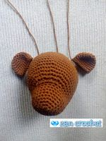 This teddy i made according to Mr. Bean's teddy bear as inspiration, but i use black beads for making eyes not buttons. Projects To Try, Bunny, Beer, Teddy Bear, Crochet Teddy, Christmas Ornaments, Holiday Decor, Tricot, Baby Dolls