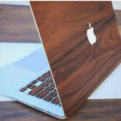 Although not Apple fans ourselves we do like things that give us wood! @bestofmenstyle ♤ ♤ ♤ ♤ ♤ #manstrav #wood #laptop #apple #nice #looksgoodtome #technology #tech #new #girls #sweet #computer #followback #mens #FF #F4F #random