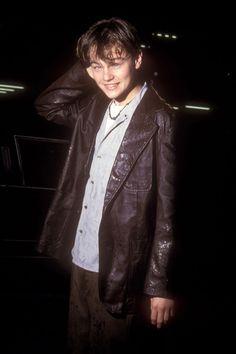 41+Awkward+Leonardo+DiCaprio+Faces+to+Love - ELLE.com