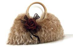 knitted golden beige handmade JUBBJUBB handbag purse by PinKyJubb,