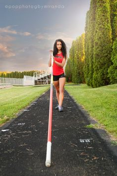 Pop Photog by Miranda https://www.facebook.com/PopPhotogbyMiranda www.popphotog.com #popphotog senior girls pole vault track
