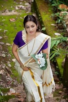 """""""Kerala Saree"""", India's One Of The Amazing Treditional Dress...... Do You Want To More About Kerala Saree ?...... Read http://blog.techietailor.com/…/kerala-saree-a-classical-to…/  VIsit http://www.techietailor.com/"""