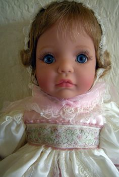 """Memories"" By, SUSAN WAKEEN - Signature Series- Doll PRISTINE Condition. She is soft vinyl very RARE!"
