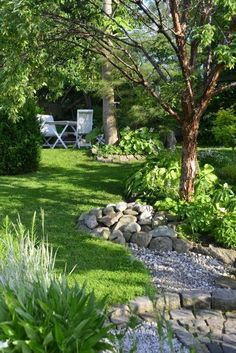 Small boulders and gravel in the garden