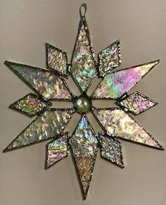 Stained Glass Ornaments, Stained Glass Christmas, Stained Glass Suncatchers, Stained Glass Flowers, Faux Stained Glass, Stained Glass Designs, Mosaic Crafts, Stained Glass Projects, Mosaic Designs