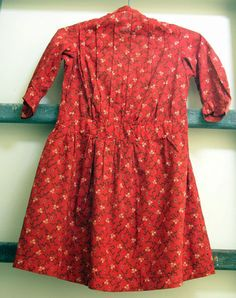 Girl's calico dress  www.TheCatLadyAntiques.com