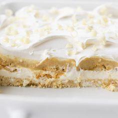 You're Gonna Love It {Golden Oreo Dessert} | i am baker Oreo Dessert, Oreo Cake, Cookie Desserts, No Bake Desserts, Dessert Recipes, Pudding Recipes, Layered Desserts, Great Desserts, Delicious Desserts