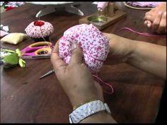 Mulher.com 14/08/2012 - Agulheiro cupcake 1/2