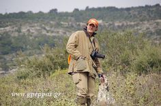 Οι αγώνες είναι το μέσον που υπάρχει για να επιλεγούν τα καλύτερα ζώα με τα καλύτερα σωματικά και φυσικά προσόντα, Εδώ είναι η υποχρεωτική στάση που πρέπει να κάνουμε για την ανύψωση του επιπέδου των σκύλων φέρμας για χρήση των κυνηγών. Χωρίς αγώνες κυρίως μεγάλη έρευνας δεν θα έχουμε ποτέ πια ΡΟΙΝΤΕΡΣ & ΣΕΤΤΕΡΣ δυναμικά και με μεγάλη όσφρηση.  COLOMBO .... ΣΥΝΕΧΕΙΑ http://www.gpeppas.gr/kinofilia/kinofilia.html