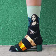 mona lisa art socks - The Sock Drawer - styling Kate Brien for Vogue - photo David Kitz Mona Lisa, Dries Van Noten, Socks And Sandals, Tube Socks, Moda Vintage, Funny Socks, Colorful Socks, Cool Socks, Sock Shoes