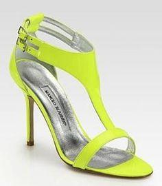 Scarpe estate 2012: la tendenza è il fluorescente