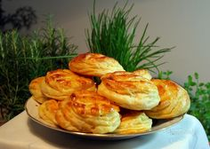 A zasa sme raz pagáčovali. Bread Baking, Relleno, Baked Potato, Cauliflower, Shrimp, Biscuits, Cooking Recipes, Potatoes, Vegetables