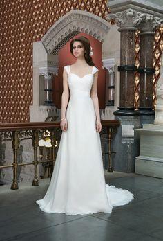 Justin Alexander Wedding Dresses - Fall 2014 - Bridal Runway Shows | Brides