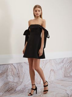 Keepsake Another World Dress – Black