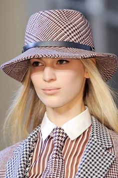 832 Best HOUNDSTOOTH FOR WOMEN images in 2019  8d20774aa356