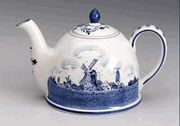 6 Cup Blue and White Delft Domed Teapot