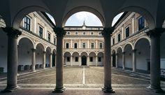 Urbino, the ideal Renaissance city Palazzo, The Rose Society, Martini, Arcade, Fantasy Castle, Historical Architecture, Roman Architecture, Italian Renaissance, Heroes Of Olympus