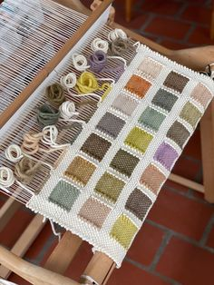 Weave Podcast Episode Weaving and Foraging with Kayla Powers in Detroit - . - Weave Podcast Episode Weaving and Foraging with Kayla Powers in Detroit – Weave Podcast - Weaving Loom Diy, Straw Weaving, Weaving Art, Tapestry Weaving, Weaving Textiles, Weaving Patterns, Paper Basket Weaving, Diy Couture, Weaving Projects