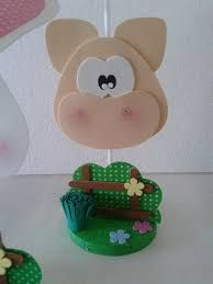 Resultado de imagen para centro de mesa fazendinha Pig Crafts, Foam Crafts, Diy And Crafts, Crafts For Kids, Arts And Crafts, Farm Birthday, 1st Birthday Girls, Glue Art, Ballerina Birthday