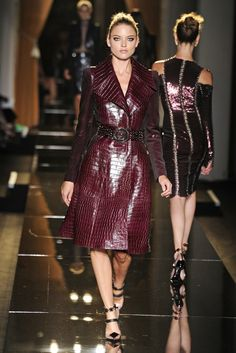 Atelier Versace Couture Fall 2013 - Slideshow - Runway, Fashion Week, Reviews and Slideshows - WWD.com