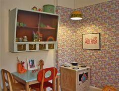 vintage kid's bedroom