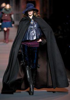 Dior cape | womens cape | womens fashion | womens style | long black cape | dramatic