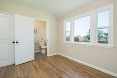 BuildDirect�: Laminate Flooring 8mm Collection    Weathered Oak