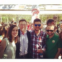 Amb Ximo Puig a la Festa de la rosa.  http://www.josemanuelprieto.es