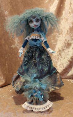 Sarah Seeya Monster high repaint