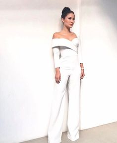 Wedding Suits - To make you a bright, beautiful bride will help a gorgeous wedding dresses 2018 from world top designers. They know what kind of gown you are dreaaming. Jumpsuit Formal Wedding, Wedding Robe, Wedding Pantsuit, Formal Jumpsuit, Wedding Jumpsuit, Wedding Dresses 2018, Wedding Suits, Wedding Attire, Prom Dresses
