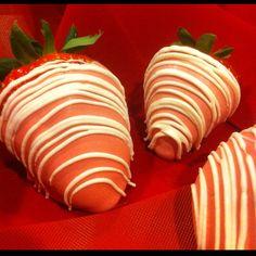 Kristy's Cake Popibilities/Facebook  Valentine Strawberries! YUM!