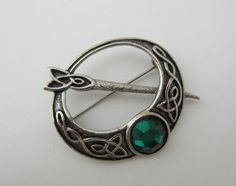 Vintage Celtic Brooch Pin Scottish Penannular Green Glass Silver Tone 1970 s