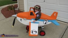 Dusty Crophopper tricycle-mounted airplane costume - 3, Disney Planes Dusty Crophopper Costume