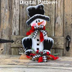 Wooden Snowman Crafts, Wood Snowman, Christmas Wood Crafts, Snowman Christmas Ornaments, Diy Snowman, Christmas Signs, Holiday Crafts, Christmas Countdown, Painted Snowman