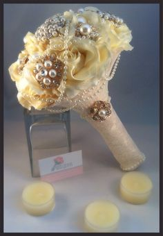 Brooch bouquet. Ivory and gold silk rose by Bellesbroochbouquets