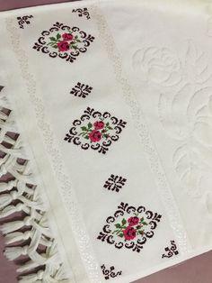 Cross Stitch Gallery, Cross Stitch Art, Cross Stitch Borders, Cross Stitch Embroidery, Cross Stitch Patterns, Bargello, Filet Crochet, Baby Knitting Patterns, Home Textile