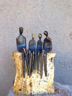 FAMILIE van vier  bronzen sculptuur familie portret